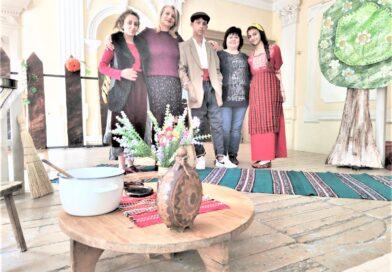 Как театърът мотивира ученици билингви да опознаят любими български творци и подобрят българския си език